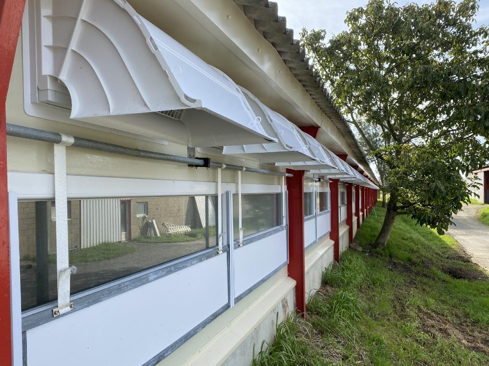 Fenêtres fabriquées par l'entreprise Dugué - Réalisation de menuiserie pour batiment agricole